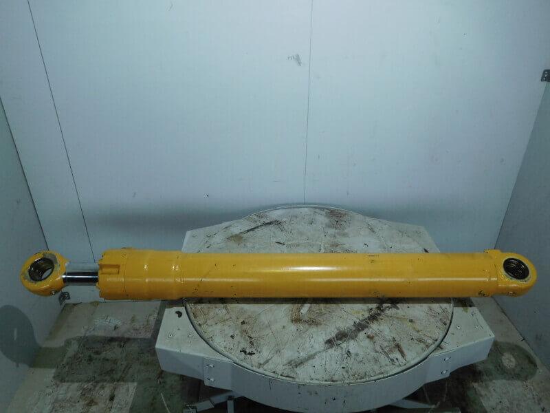 Hoistcylinder